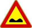 Cartello stradale indicatore di strada deformata
